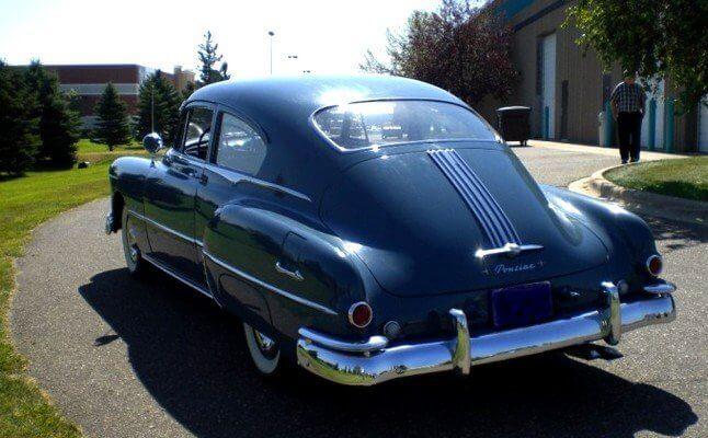 1948 Pontiac Sedanett