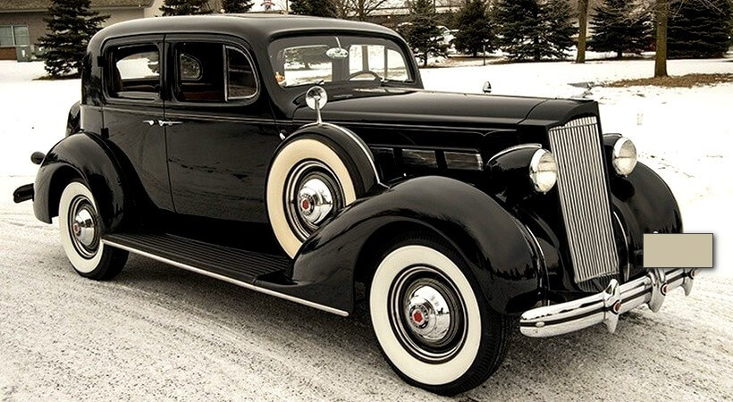 1936 Packard Club Sedan *