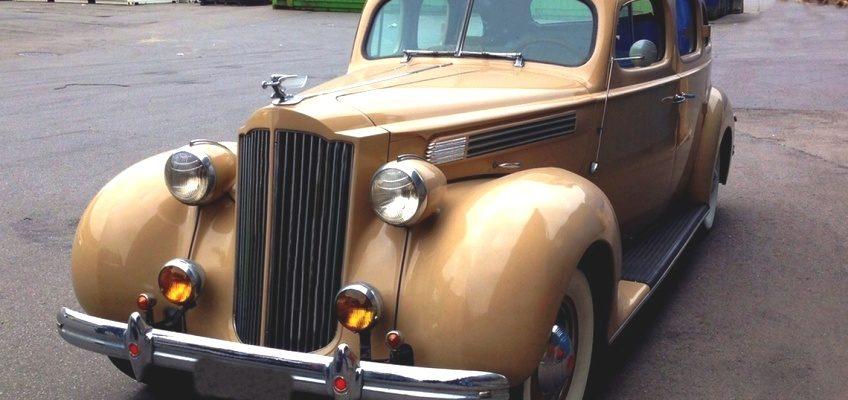 1939 Packard 120 Sedan