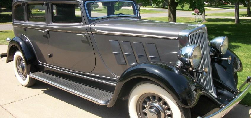 1934 Hupmobile