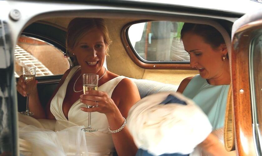 Brud og forlover Packard coupe