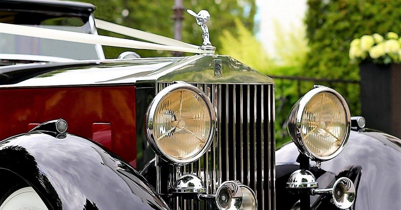 1933 Rolls-Royce Phantom pyntet for bryllup i Oslo