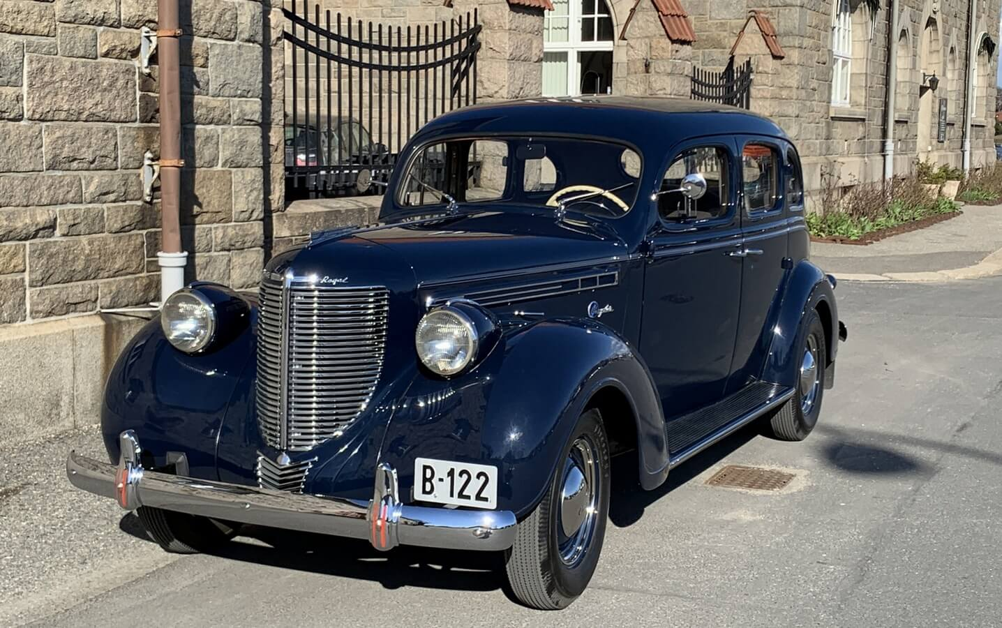 Chrysler 1938 Royal