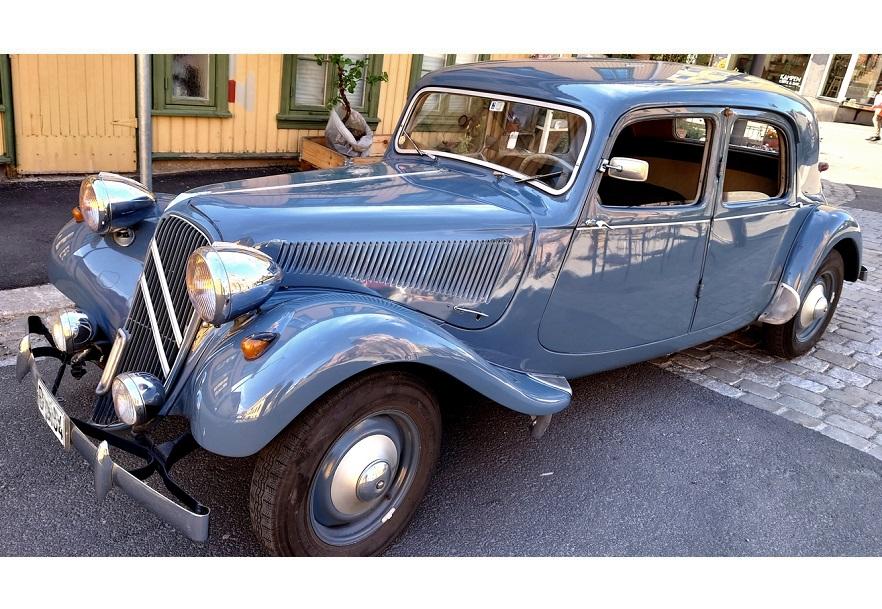 1938-chrysler-royal